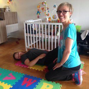 Superfit Mor hjælper mødre med mavemusklerne og flad mave efter fødslen